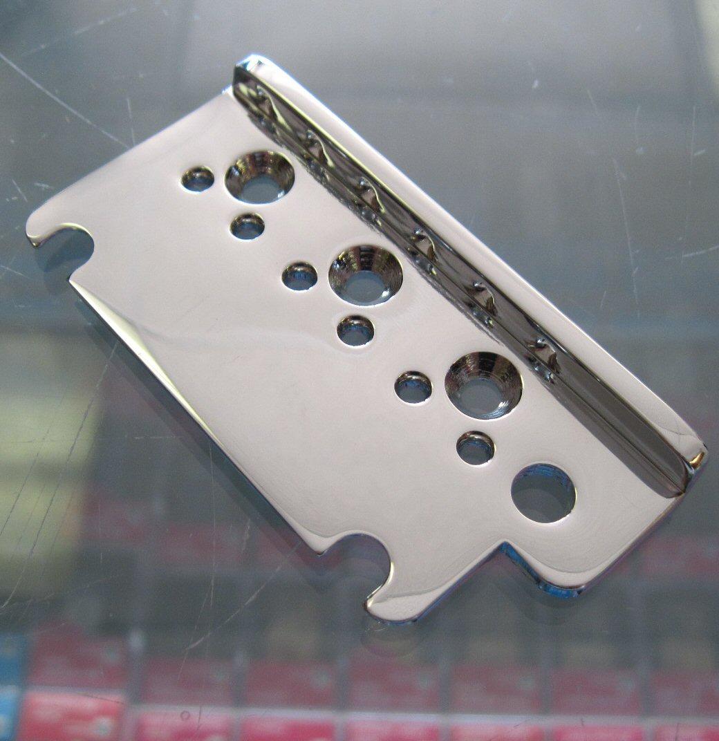 Fender American Deluxe Stratocaster Bridge Plate Left Hand