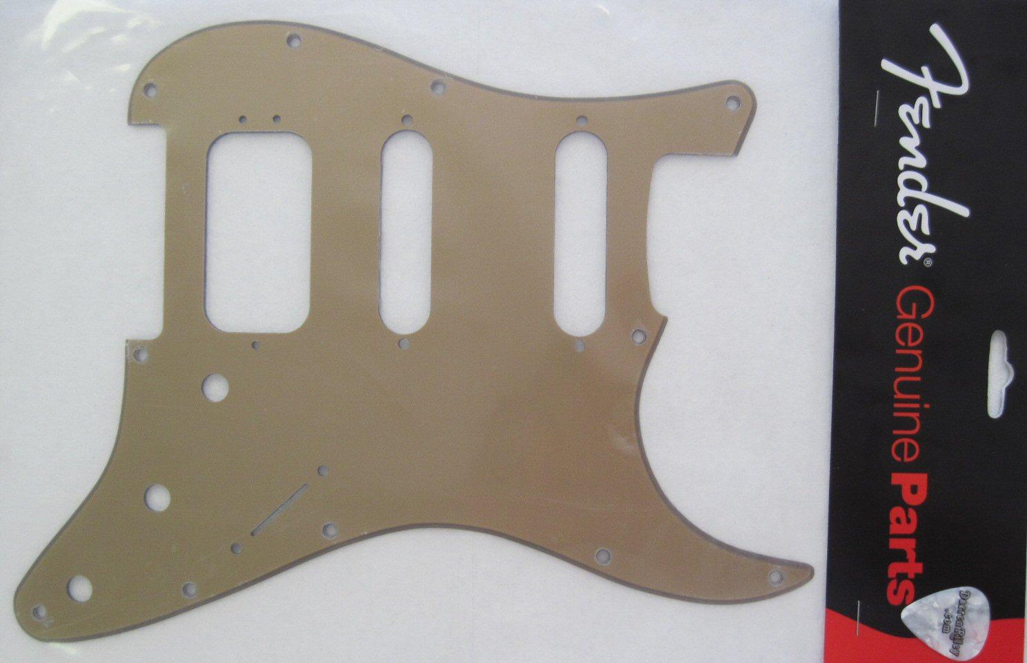 Fender American Deluxe Stratocaster Pickguard Gold 0064010000