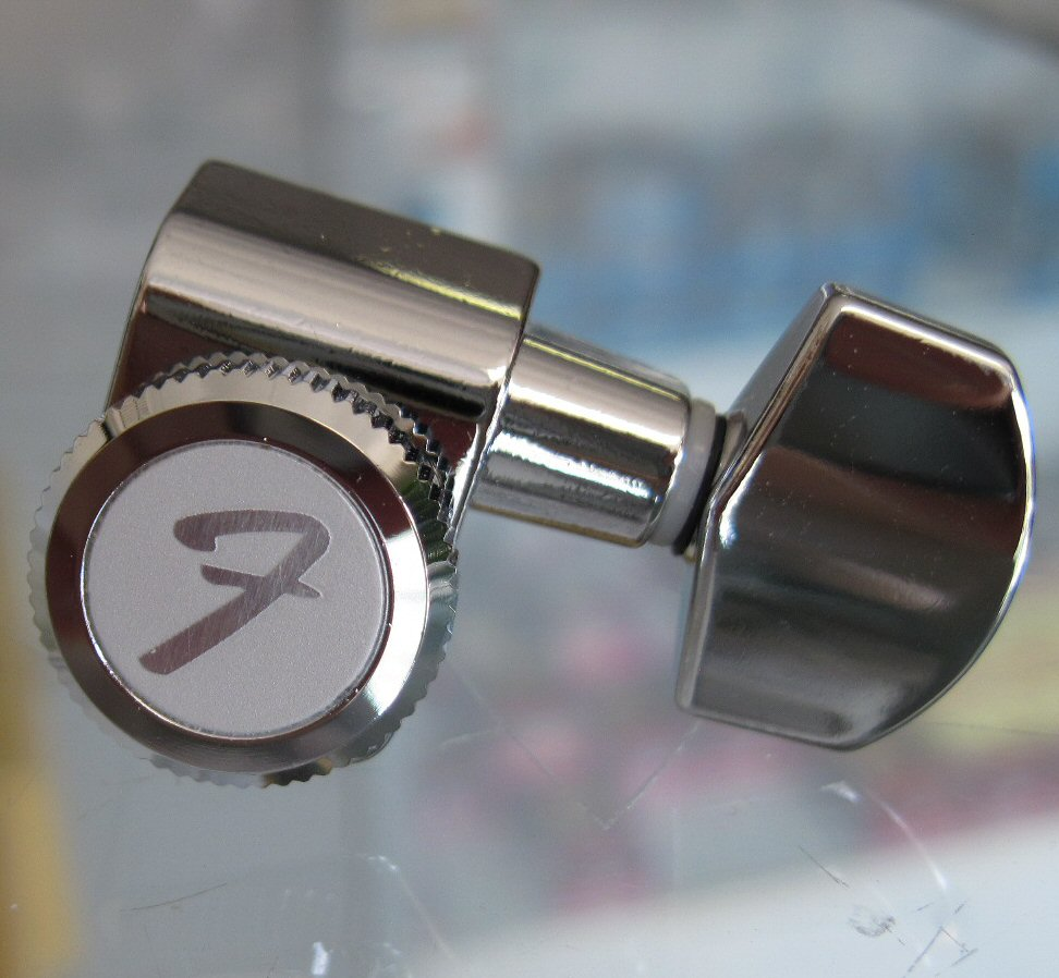 Fender Locking Tuners >> Genuine Fender Locking Tuner Short Post Single 0073114000 007 3114 000